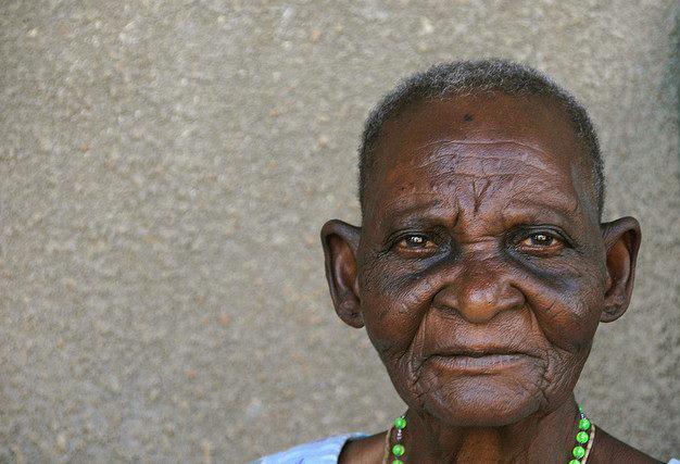 teresa oud in afrika hulp